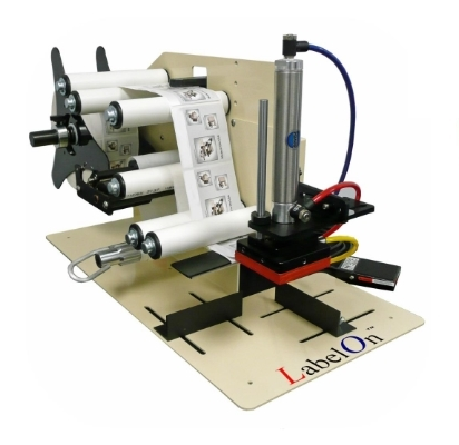 Flat and Near Flat Benchtop Labeler